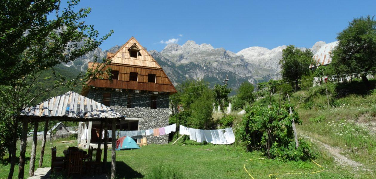 Albanië Teth
