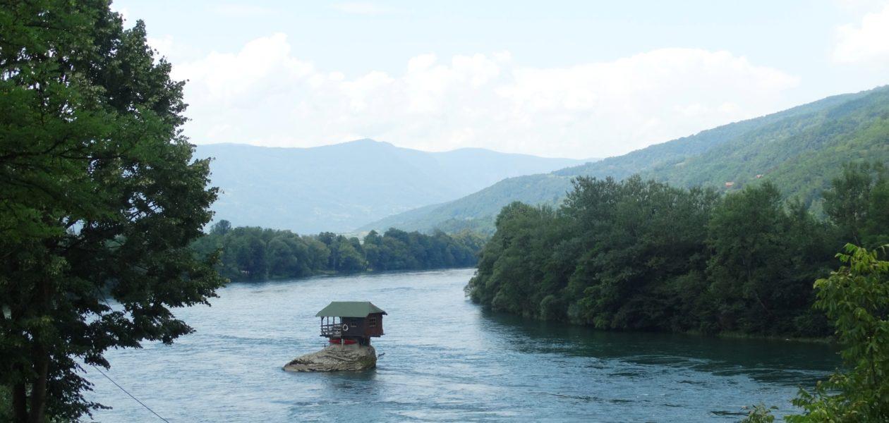 Huisje in de Drina