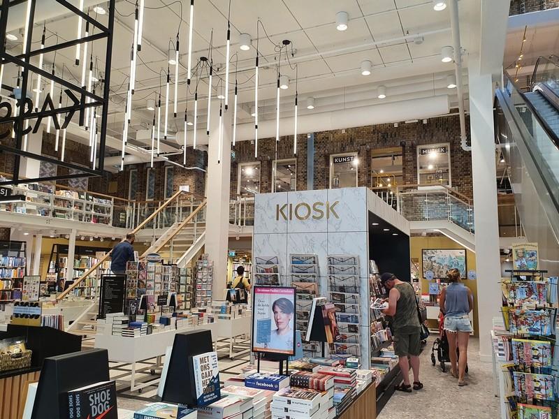 Interieur boekhandel Broese Utrecht