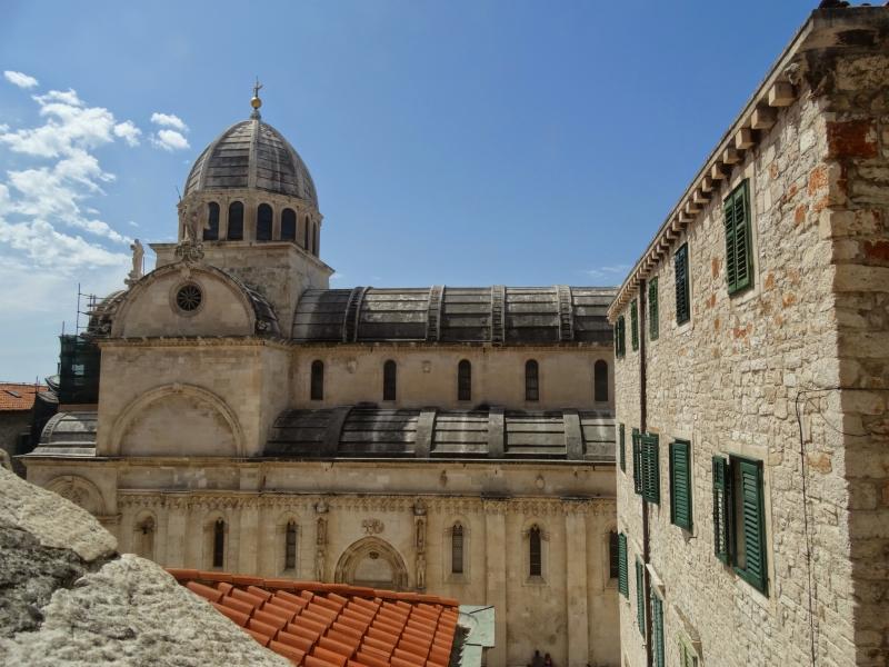 Details van oude gebouwen in Šibenik